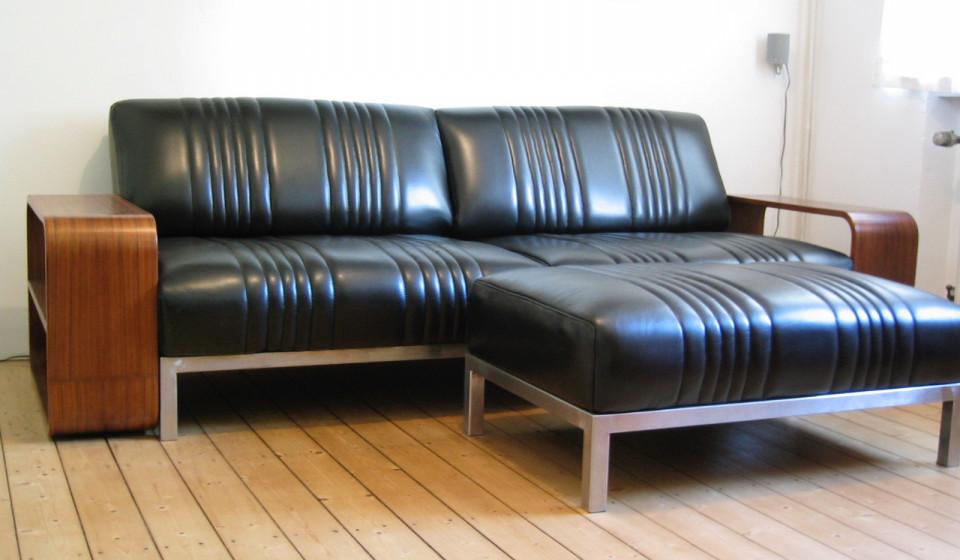 Edelstahl-Sitzmöbel