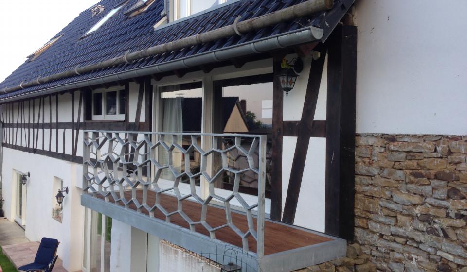 Balkongeländer Voronoi